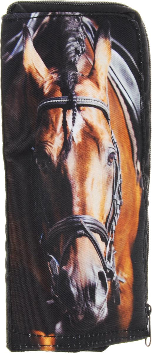 HD Пенал Trend Line на молнии-Horse-72523WDМодные пеналы серии TREN DLINEКоллекция пеналов серии TREN DLINE изготовлена из флиса и оснащена надежной фурнитурой, материал приятен на ощупь и удачно имитирует натуральную текстуру. В основе оформления используется крупное изображение мордочек животных.Пеналы на молнии с одним отделением удобны своим функционалом «2в1», преимуществом является возможность использовать их как подставку под наполнение. За счет жесткой окантовки, пенал будет устойчиво стоять на рабочем столе. Эта коллекция специально разработана для экстравагантных и модных людей