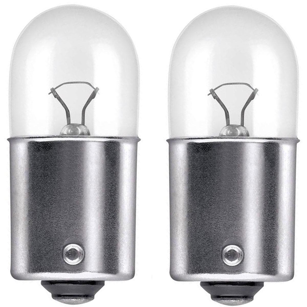 Лампа автомобильная галогенная Philips Vision, сигнальная, цоколь R10W (BA15s), 12V, 10W, 2 шт531-402Автомобильная лампа Philips Vision изготовлена из запатентованного кварцевого стекла с УФ-фильтром Philips Quartz Glass. Кварцевое стекло в отличие от обычного стекла выдерживает гораздо большее давление и больший перепад температур. При попадании влаги на работающую лампу, лампа не взрывается и продолжает работать. Лампа Philips Vision производит на 30% больше света по сравнению со стандартной лампой, благодаря чему стоп-сигналы или указатели поворота будут заметны с большего расстояния. Лампа Philips Vision отличается высокой эффективностью, соответствуя всем современным требованиям.