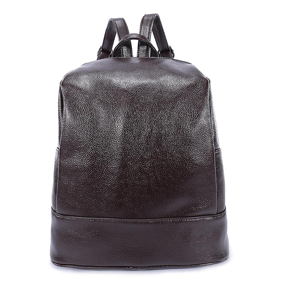 Рюкзак женский Orsa Oro, цвет: темно-коричневый. D-180/12S76245Стильный женский рюкзак Orsa Oro выполнен из экокожи. Модель с одним отделением застегивается на молнию.Задняя сторона оформлена прорезным карманом на молнии, боковые стороны - плоскими карманами. Внутри изделие содержит 2 накладных кармана, карман под iPad и прорезной карман на молнии. Рюкзак оснащен удобными плечевыми лямками регулируемой длины, а также петлей для подвешивания.