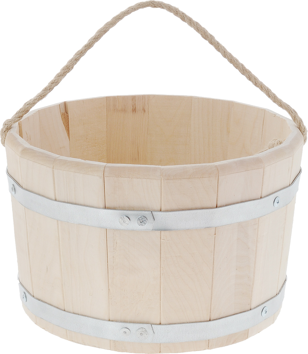 Ведро для бани и сауны Proffi Sauna, 10 лZ-0307Ведро Proffi Sauna выполнено из натуральной березы с двумя металлическими обручами и оснащено ручкой из джута. Такое ведро является просто незаменимым банным атрибутом. Эксплуатация бондарных изделий.Перед первым использованием бондарное изделие рекомендуется подготовить. Для этого нужно наполнить изделие холодной водой и оставить наполненным на 2-3 часа. Затем необходимо воду слить, обдать изделие сначала горячей, потом холодной водой.Не рекомендуется оставлять бондарные изделия около нагревательных приборов, а также под длительным воздействием прямых солнечных лучей.С момента начала использования бондарного изделия не рекомендуется оставлять его без воды на срок более 1 недели. Но и продолжительное время хранить в таких изделиях воду тоже не следует.После каждого использования необходимо вымыть и ошпарить изделие кипятком. В качестве моющих средств желательно использовать пищевую соду либо раствор горчичного порошка.Правильное обращение с бондарными изделиями позволит надолго сохранить их эксплуатационные свойства и продлить срок использования! Диаметр по верхнему краю: 30 см. Высота стенки: 19,5 см.