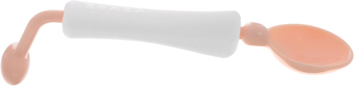 Beaba Ложка для кормления Training Spoon 360 цвет персиковыйPKHMB003Ложка для кормления Beaba Training Spoon 360 имеет вращающуюся ручку, что является очень полезным качеством при кормлении малыша. При этом сама ложка остается в горизонтальном положении, даже если ребенок держит ложку неправильно. Поворотная рукоятка может быть заблокирована, если ваш ребенок уже научился уверенно держать ложку и не опрокидывать еду. Глубина ложки идеальна для густых жидкостей, таких как суп, пюре из фруктов. Ложка легко разбирается для удобства чистки.