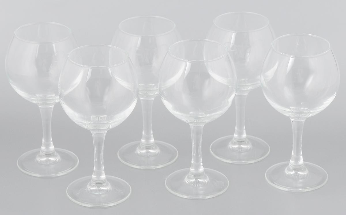 Набор фужеров Luminarc Французский ресторанчик, 210 мл, 6 штVT-1520(SR)Набор Luminarc Французский ресторанчик состоит из шести фужеров, выполненных из прочного стекла. Изделия оснащены устойчивыми ножками. Фужеры предназначены для подачи белого вина. Они сочетают в себе элегантный дизайн и функциональность. Набор фужеров Luminarc Французский ресторанчик прекрасно оформит праздничный стол и создаст приятную атмосферу за романтическим ужином. Такой набор также станет хорошим подарком к любому случаю. Можно мыть в посудомоечной машине.Диаметр фужера (по верхнему краю): 7,5 см.Диаметр основания: 6 см. Высота фужера: 14 см.