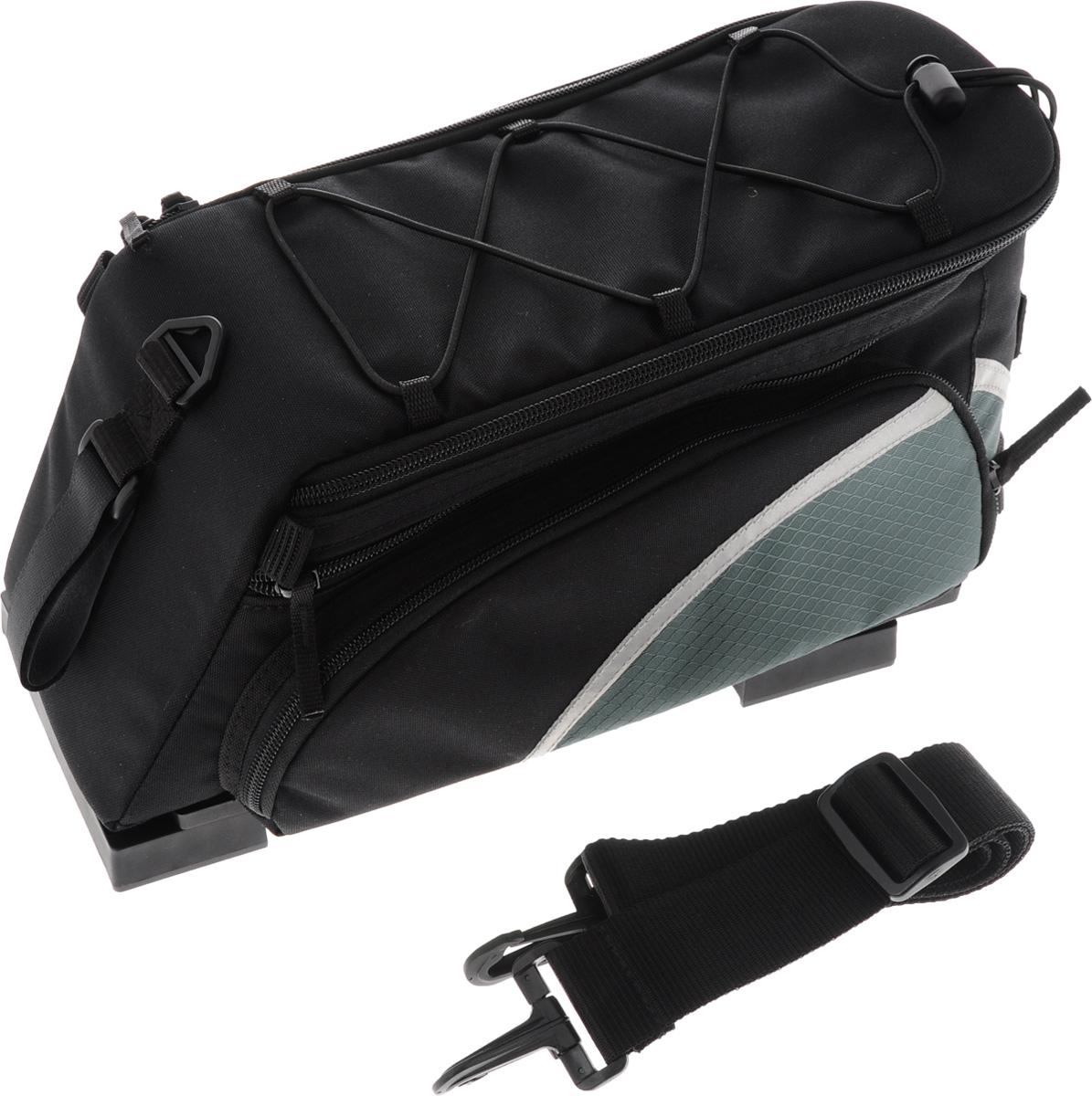 Велосумка на багажник Lotus, 35 х 17 х 21 смRivaCase 8460 blackСумка на багажник велосипеда Lotus изготовлена из прочного полиэстераи нейлона. Мягкая подкладка из вспененного пенополиэтилена предохраняет содержимое от повреждений, дно уплотненное. Сумка имеет вместительное внутреннее отделение с карманом, закрывается на молнию. Функция расширения обеспечивает большую вместимость. Снаружи распложены два объемных кармана на молнии с ключевыми крюками для хранения мелочей. Специальный эластичный затягивающийся шнур на крышке сумки предназначен для крепления небольших вещей. Изделие снабжено наплечным ремнем для переноски. С помощью пластикового крепления вы надежно присоедините сумку к багажнику.