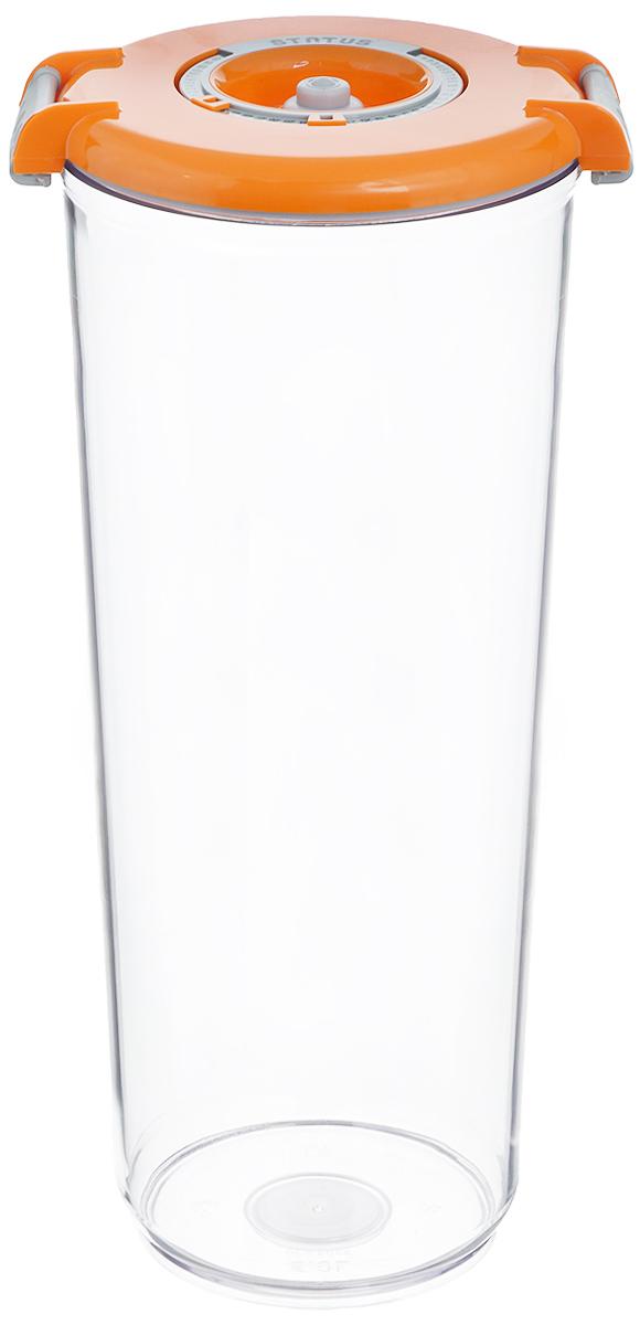 Контейнер вакуумный Status, с индикатором даты срока хранения, цвет: прозрачный, оранжевый, 2,5 лVT-1520(SR)Вакуумный контейнер Status выполнен из хрустально-прозрачного прочного тритана. Благодаря вакууму, продукты не подвергаются внешнему воздействию, сохраняют свои вкусовые качества и аромат, срок их хранения значительно увеличивается, а запахи в холодильнике не перемешиваются. Допускается замораживание до -21°C, мойка контейнера в посудомоечной машине, разогрев в СВЧ (без крышки). Идеально подходит для хранения макаронных изделий, круп, муки. Контейнер имеет индикатор даты, который позволяет отмечать дату конца срока годности продуктов.Размер контейнера (с учетом крышки): 13 х 13 х 29,5 см.