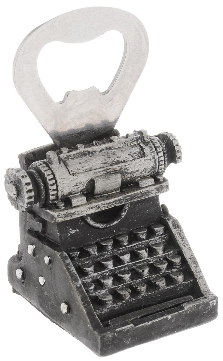 Открывалка для бутылок Magic Home Печатная машинка94672Открывалка Magic Home Печатная машинка, изготовленная из нержавеющей стали и полирезины, предназначена для быстрого открывания бутылок. Изделие выполнено в виде печатной машинки.Такая открывалка поможет вам без труда открыть любую бутылку. Этот оригинальный аксессуар станет отличным помощником на вашей кухне и повседневной жизни, а также станет оригинальным подарком для близких. Размер открывалки: 3,5 х 4,5 х 7,5 см.