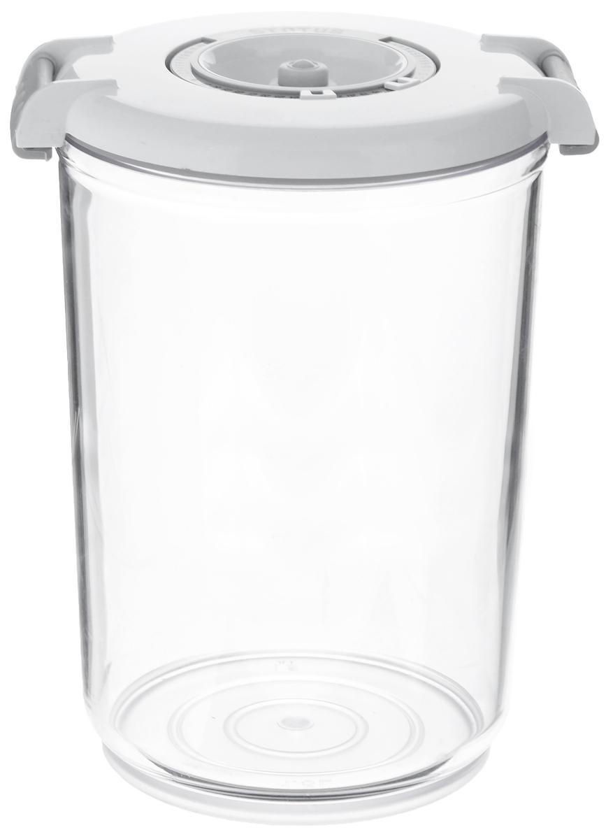 Контейнер вакуумный Status, с индикатором даты срока хранения, цвет: прозрачный, белый, 1,5 лАксион Т-33Вакуумный контейнер Status выполнен из хрустально-прозрачного прочного тритана. Благодаря вакууму, продукты не подвергаются внешнему воздействию, и срок хранения значительно увеличивается, сохраняют свои вкусовые качества и аромат, а запахи в холодильнике не перемешиваются. Допускается замораживание до -21°C, мойка контейнера в посудомоечной машине, разогрев в СВЧ (без крышки). Рекомендовано хранение следующих продуктов: макаронные изделия, крупа, мука, кофе в зёрнах, сухофрукты, супы, соусы. Контейнер имеет индикатор даты, который позволяет отмечать дату конца срока годности продуктов.Размер контейнера (с учетом крышки): 13 х 13 х 19,5 см.