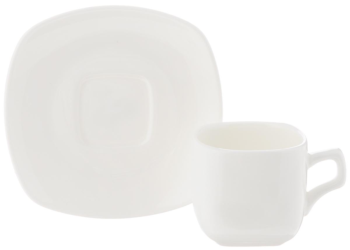 Кофейная пара Wilmax, 2 предмета. WL-993041 / 1C115510Кофейная пара Wilmax состоит из чашки и блюдца. Изделия выполнены из высококачественного фарфора, покрытого слоем глазури. Изделия имеют лаконичный дизайн, просты и функциональны в использовании. Кофейная пара Wilmax украсит ваш кухонный стол, а также станет замечательным подарком к любому празднику.Изделия можно мыть в посудомоечной машине и ставить в микроволновую печь.Объем чашки: 90 мл.Размер чашки (по верхнему краю): 5,5 х 5,5 см.Высота чашки: 5,2 см.Размер блюдца: 11 х 11 х 1,5 см.