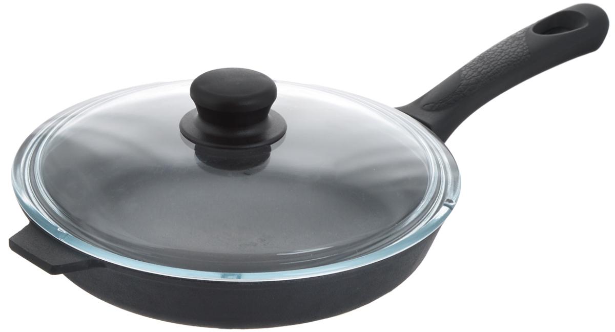 Сковорода чугунная Добрыня с крышкой. Диаметр 26 см54 009312Сковорода Добрыня изготовлена из натурального экологически безопасного чугуна. Изделие оснащено пластиковой ручкой и стеклянной крышкой. Чугун является одним из лучших материалов для производства посуды. Его можно нагревать до высоких температур. Он очень практичный, не выделяет токсичных веществ, обладает высокой теплоемкостью и способен служить долгие годы. Такая сковорода замечательно подойдет для приготовления жареных и тушеных блюд. Подходит для всех типов плит, включая индукционные. Сковороду мыть только вручную. Крышку можно использовать в посудомоечной машине. Высота стенки: 4,5 см.Длина ручки: 19 см.