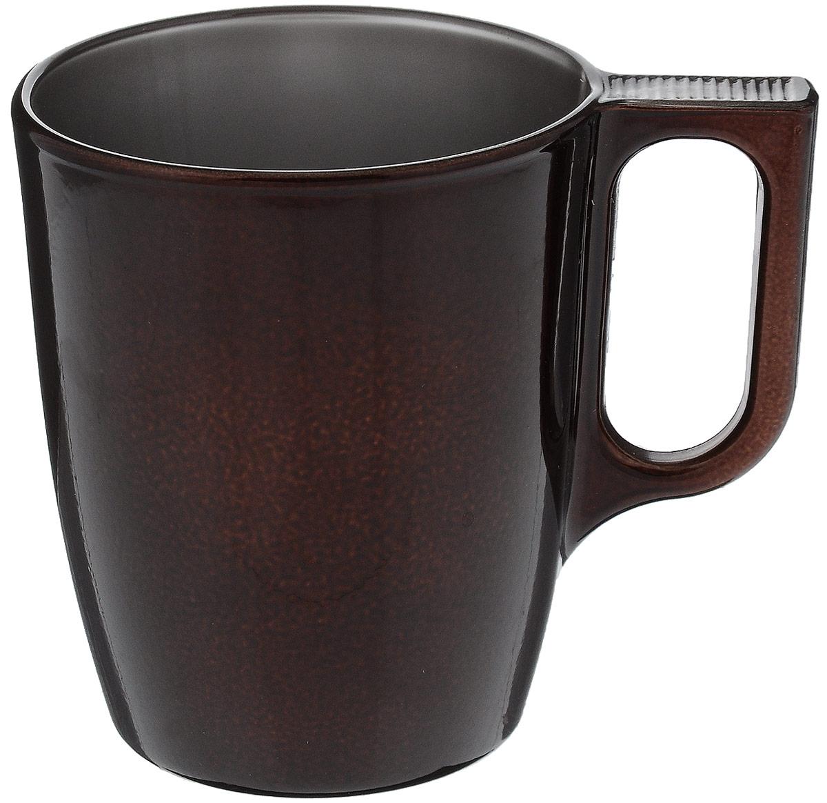 Кружка Luminarc Flashy Сolors, цвет: коричневый, 250 мл391602Кружка Flashy Colors выполнена в современном дизайне и имеет приятный насыщенный цвет. Кофе, чай, какао, любой напиток покажется в ней ароматнее и вкуснее. Кружка объемом 250 мл подойдет для ежедневного использования на кухне с любым интерьером. Кружка изготовлена из ударопрочного стекла и не впитывает запахи. Она может быть использована в СВЧ-печи и посудомоечной машине.Диаметр кружки по верхнему краю: 7,4 см.Высота: 9 см.