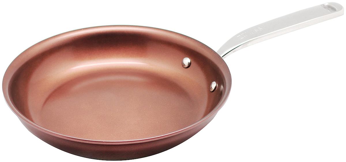 Сковорода 28см Siena ZANUSSI54 009312Сковорода подходит для всех типов плит, включая индукционные. Изготовлена из алюминия с внешним покрытием цвета красный перец. Многослойное дно. Ручка выполнена из нержавеющей стали, внутреннее 2-х керамическое покрытие Greblon® не содержит вредные кислоты PTFE и PFOA. Сковорода подходит для приготовления блюд в духовке. Можно мыть в посудомоечной машине. Высота борта: 5 см.