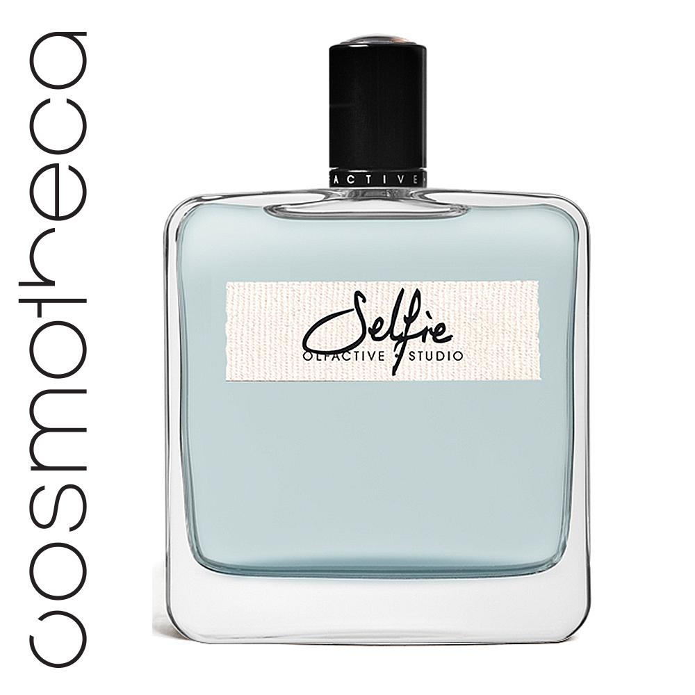 Olfactive Studio Парфюмерная вода Селфи 100 мл5010777139655Завораживающий и притягательный, Selfie - это не только аромат, утверждающий вашу индивидуальность, но и постоянно изменяющийся дух открытий и сюрпризов.Особый характер парфюму придает анималистичный аккорд замши (стиракс) и шипровые ноты.Ноты кленового сиропа, слегка приправленного специями, смолой, сандалом и мускатным орехом придают аромату утонченности и класса.