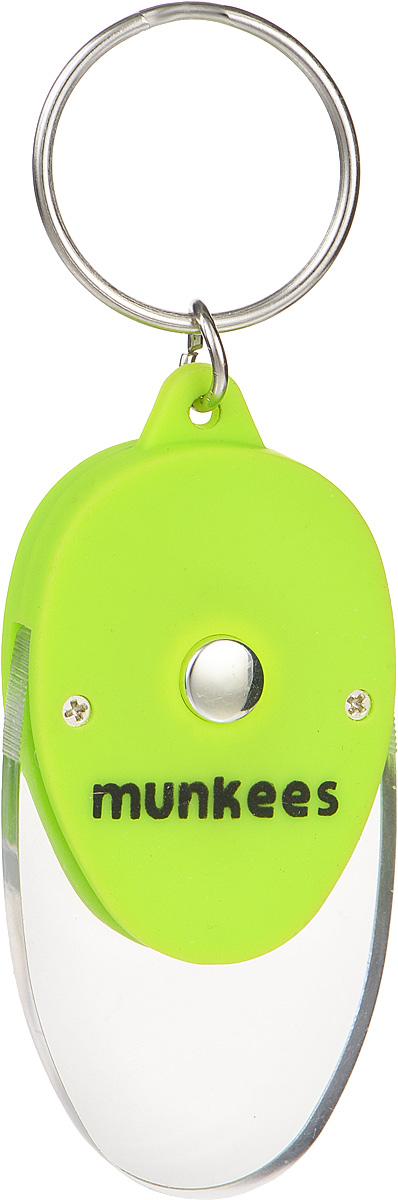 Брелок Munkees Плоский фонарикMABLSEH10001Брелок Munkees Плоский фонарик - это в первую очередь интересный брелок, а во вторую, функциональный фонарик. Его особенность в прозрачной части брелока, которая рассеивает свет и позволяет, к примеру, легко найти замочную скважину в полной темноте или что-либо на дне сумки. Изделие выполнено из прочного пластика и оснащено кольцом для подвешивания.