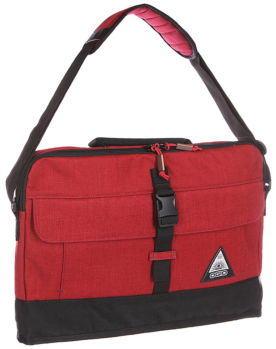 Сумка для ноутбука Ogio Ruck Slim Case, цвет: красный , 8 лГризлиOGIO – высокотехнологичный продукт от американского производителя. Вместимые сумки для путешествий, работы и отдыха, специальная коллекция городских сумок для женщин, жесткие боксы под мелкий инвентарь и многое другое. Отличная модель для тех, кто никогда не расстается с любимым электронным оборудованием. Легкая, прочная и надежная сумка для ноутбука, будет полезна не только для поездок по городу, но и для туристических путешествий, ведь она имеет систему крепления к чемодану для максимального упрощения транспортировки.