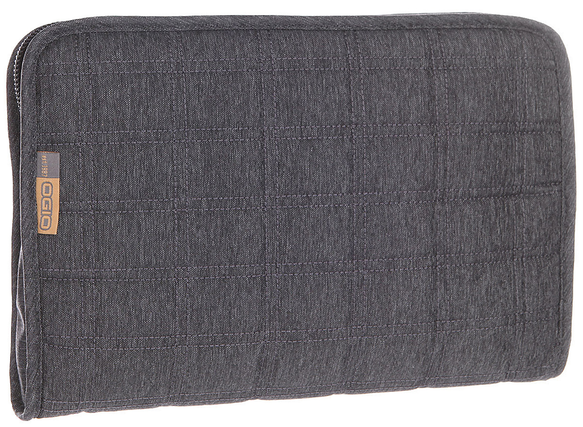 Чехол для планшета Ogio Newt Tablet Sleeve Pro, цвет: темно-серый, 3 лГризлиOGIO – высокотехнологичный продукт от американского производителя. Вместимые сумки для путешествий, работы и отдыха, специальная коллекция городских сумок для женщин, жесткие боксы под мелкий инвентарь и многое другое. Чехол Ogio Newt Tablet Sleeve Pro подходит для большинства 10-дюймовых планшетов. Он позаботится о надежной и безопасной транспортировке Вашего электронного друга и порадует приятным стеганным дизайном.
