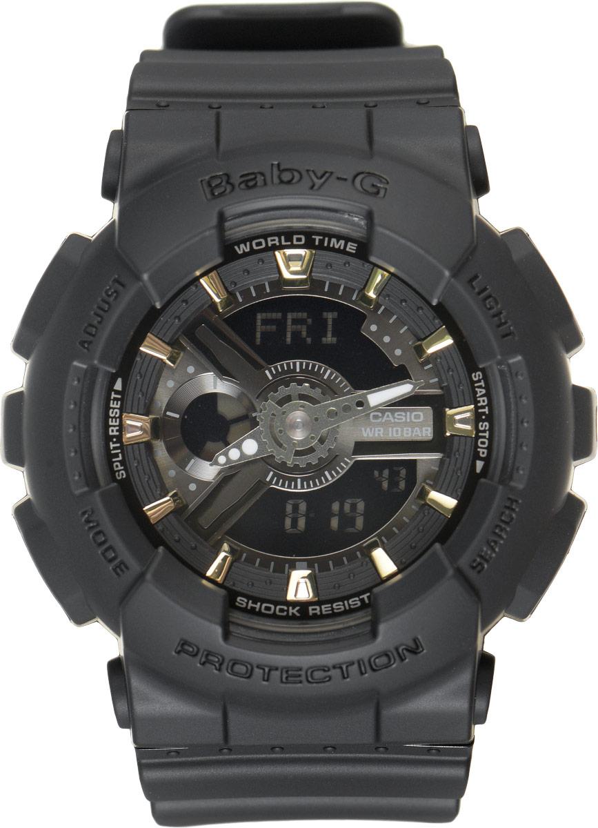 Часы наручные женские Casio G-Shock, цвет: черный. BA-110GA-1ABM8434-58AEСтильные часы Baby-G сочетают в себе ультрамодные цвета с приглушенным матовым покрытием. Золотистые металлические детали, используемые для меток и часовых элементов, выступают привлекательными акцентами. Часы будут пользоваться популярностью среди девушек, ведущих активный образ жизни. Ударопрочная конструкция защищает механизм от ударов и вибрации. Корпус выполнен из высококачественного пластика и оснащен минеральным стеклом, устойчивым к возникновению царапин. Резиновый ремешок имеет надежную классическую застежку. Изделие оснащено кварцевым механизмом с двойной цифро-аналоговой индикацией. Имеет степень водозащиты равную 100WR, что отлично подходит для плавания и ныряния. Циферблат подсвечивается светодиодом, а умная функция задержки отключения освещает циферблат еще несколько секунд после отпускания кнопки освещения. Помимо этого стоит отметить еще люминесцентный состав на стрелках и между часовых меток с ярким послесвечением даже после кратковременного воздействия света. Часы имеют будильник с функцией повтора сигнала (Snooze). Среди удобных функций также имеется секундомер с точностью показаний 1/100 с и временем измерения 24 ч, таймер обратного отсчета от 1мин до 24ч и 12-ти и 24-х часовой формат времени. Часы G-Shock продвинуты не только своими функциями и технологиями, но и своим уникальным дизайном. Модель выделяетсяизысканным дизайном, сочетая в себе привычный спортивный стиль и одновременно классический. Поэтому часы G-Shock - это еще и модный аксессуар, который можно носить, как повседневно, так и по особым случаям.