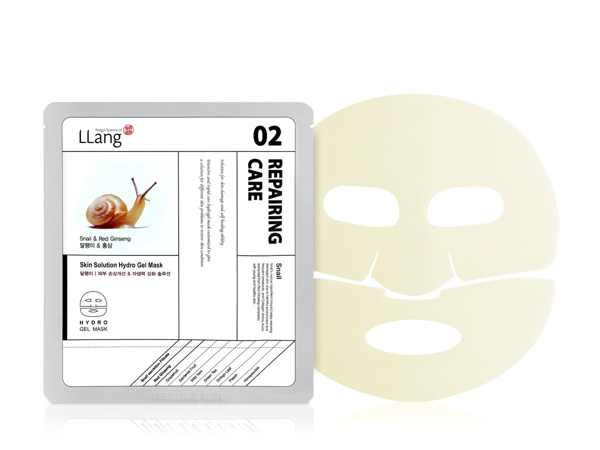 Llang Омолаживающая маска для проблемной кожи с улиточной секрецией и экстрактом красного женьшеня, 25 гFS-54102Омолаживающая маска с улиточной секрецией и вытяжкой 6-летнего красного женьшеня эффективно разглаживает морщины, повышает упругость и эластичность кожи, увлажняет кожу лица. В составе улиточной секреции содержится природная гликолевая кислота с комплексом белков, аллантоином, эластином и коллагеном с биологическими компонентами, благотоворно влияющими на кожу человека.Экстракт вытяжки 6-летнего красного женьшеня содержит комплекс витаминов С и группы В, пектин, фосфор и аминокислоты, питающие и увлажняющие кожу. Эфирные масла женьшеня обволакивают поверхность кожи, создавая защитный барьер от вредного влияния окружающей среды. Витамины А, С, Е, В6, В12 осветляют пигментацию, борются с раздражениями и акне, снижают опасность инфекций. Способ применения: На очищенную кожу лица нанесите маску. Равномерно распределите по лицу. Оставьте на 10-20 минут, после чего удалите и вмассируйте остатки эссенции в кожу до полного впитывания.