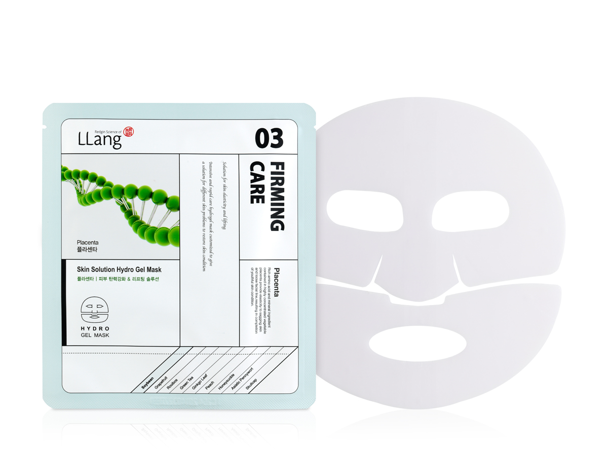 Llang Антивозрастная гидрогелевая маска с плацентой, 25 гA8905900Антивозрастная восстанавливающая маска с плацентой придает коже молодость, разглаживает морщины и восстанавливает кожу на клеточном уровне, интенсивно питая клетки. Содержит протеины сои , которые являются аналогом экстракта плаценты животного происхождения. Богаты белками, витаминами и другими полезными веществами. Соевые протеины получают из эмбриональных тканей сои, содержание белка в которых составляет более 90%. Соевый протеин – богатый источник природных фитоэстрагенов, которые являются являются мощными антиоксидантами, повышают активность клеток, стимулируют синтез коллагена и эластина. Усиливают местный иммунитет и обладают возможностью управлять синтетическим процессом в стволовых клетках кожи.Способ применения: На очищенную кожу лица нанесите маску. Равномерно распределите по лицу. Оставьте на 10-20 минут, после чего удалите и вмассируйте остатки эссенции в кожу до полного впитывания.