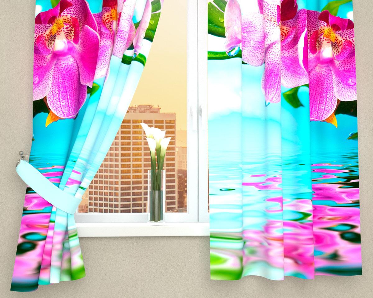 Комплект фотоштор Сирень Тропический цветок, на ленте, высота 160 смSVC-300Фотошторы для кухни Сирень Тропический цветок, выполненные из габардина (100% полиэстера), отлично дополнят украшение любого интерьера. Особенностью ткани габардин является небольшая плотность, из-за чего ткань хорошо пропускает воздух и солнечный свет. Ткань хорошо держит форму, не требует специального ухода. Крепление на карниз при помощи шторной ленты на крючки. В комплекте 2 шторы. Ширина одного полотна: 145 см.Высота штор: 160 см.Рекомендации по уходу: стирка при 30 градусах, гладить при температуре до 110 градусов.Изображение на мониторе может немного отличаться от реального.Подхваты в комплект не входят.