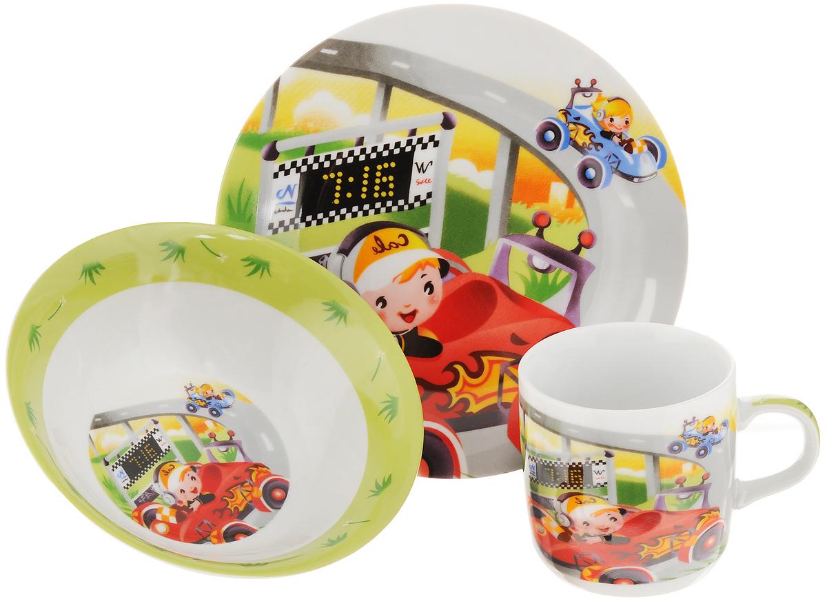Набор детской посуды Loraine Гонки, 3 предмета115510Набор детской посуды Loraine Гонки, выполненный из высококачественной глазурованной керамики, состоит из кружки, обеденной тарелки и суповой тарелки. Материал изделий нетоксичен и безопасен для детского здоровья. Изделия оформлены красочным изображением гоночных машинок. Детская посуда удобна и увлекательна, она не оставит равнодушным вашего малыша. Привычная еда станет более вкусной и приятной, если процесс кормления сопровождать игрой и сказками. Красочная посуда является залогом хорошего настроения и аппетита ваших детей, а также станет желанным подарком. Диаметр обеденной тарелки: 18 см. Диаметр суповой тарелки: 15 см. Высота суповой тарелки: 4,5 см. Объем кружки: 230 мл. Диаметр кружки (по верхнему краю): 7,5 см. Высота кружки: 7,5 см.
