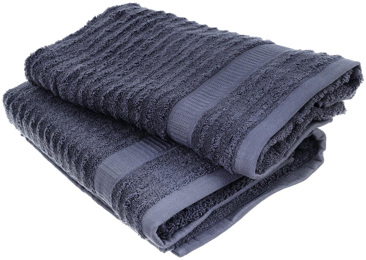 Набор хлопковых полотенец Home Textile, цвет: темно-серый, 2 шт68/5/3Набор Home Textile состоит из двух полотенец разного размера, выполненных из качественной натуральной махры (100% хлопок). Полотенца имеют ворс различной длины, что создает рельефную текстуру, и классический бордюр. Мягкие и уютные, они прекрасно впитывают влагу и легко стираются. Кроме того, хлопковые полотенца отличаются высокой износоустойчивостью и долгим сроком службы. Такой набор полотенец подарит массу положительных эмоций и приятных ощущений.Размеры полотенец: 50 х 90 см; 70 х 140 см.