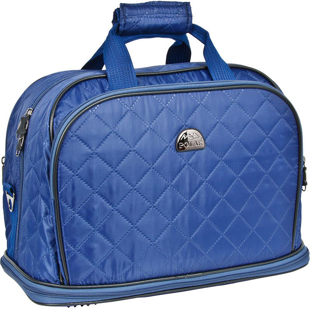 Сумка дорожная Polar Стежка, раздвижная, цвет: синий, 29 л, 40 х 30 х 24 см. 7055.17055.1Дорожная сумка Polar Стежка выполнена из плотного полиэстера и оформлена стеганой прострочкой. Сумка имеет одно большое отделение на застежке-молнии. Сумку можно увеличить в длину на 13 см. На передней стенке сумки предусмотрено два кармана на молниях. Высота ручек 17 см.Имеется съемный плечевой ремень, что бы носить сумку через плечо.