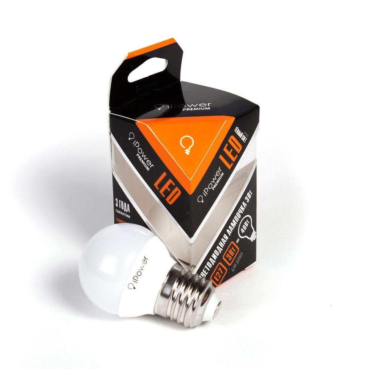 Лампа светодиодная iPower Premium, цоколь Е27, 3W, 2700КC0042415Светодиодная лампа iPower Premium имеет очень низкое энергопотребление. В сравнении с лампами накаливания LED потребляет в 12 разменьше электричества, а в сравнении с энергосберегающими - в 2-4 раза меньше. При этом срок службы LED лампочки в 5 раз выше, чемэнергосберегающей, и в 50 раз выше, чем у лампы накаливания. Светодиодная лампа iPower Premium создает мягкий рассеивающий свет безмерцаний, что совершенно безопасно для глаз. Она специально разработана по требованиям российских и европейских законов и подходит ковсем осветительным устройствам, совместимым со стандартным цоколем E27. Использование светодиодов от мирового лидера Epistar - этозалог надежной и стабильной работы лампы. Теплый оттенок света лампы по световой температуре соответствует обычной лампе накаливания ипозволит создать уют в доме и местах отдыха.Диапазон рабочих температур от -50°С до +50 °СМатериал: алюминий, поликарбонат.Потребляемая мощность: 3 Вт.Рабочее напряжение: 220В.Световая температура: 2700К (теплый свет).Срок службы: 50000 часов.Форма: стандарт.Цоколь: стандарт (E27).Эквивалент мощности лампы накаливания: 40 Вт.Яркость свечения: 250 Лм.