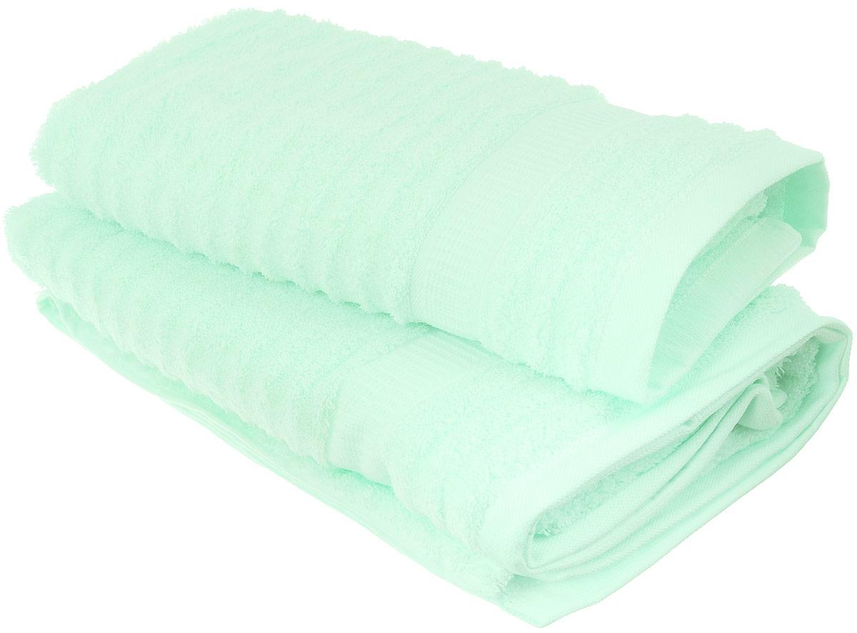 Набор хлопковых полотенец Home Textile, цвет: мятный, 2 штLX-OZ17Набор Home Textile состоит из двух полотенец разного размера, выполненных из качественной натуральной махры (100% хлопок). Полотенца имеют ворс различной длины, что создает рельефную текстуру, и классический бордюр. Мягкие и уютные, они прекрасно впитывают влагу и легко стираются. Кроме того, хлопковые полотенца отличаются высокой износоустойчивостью и долгим сроком службы. Такой набор полотенец подарит массу положительных эмоций и приятных ощущений.