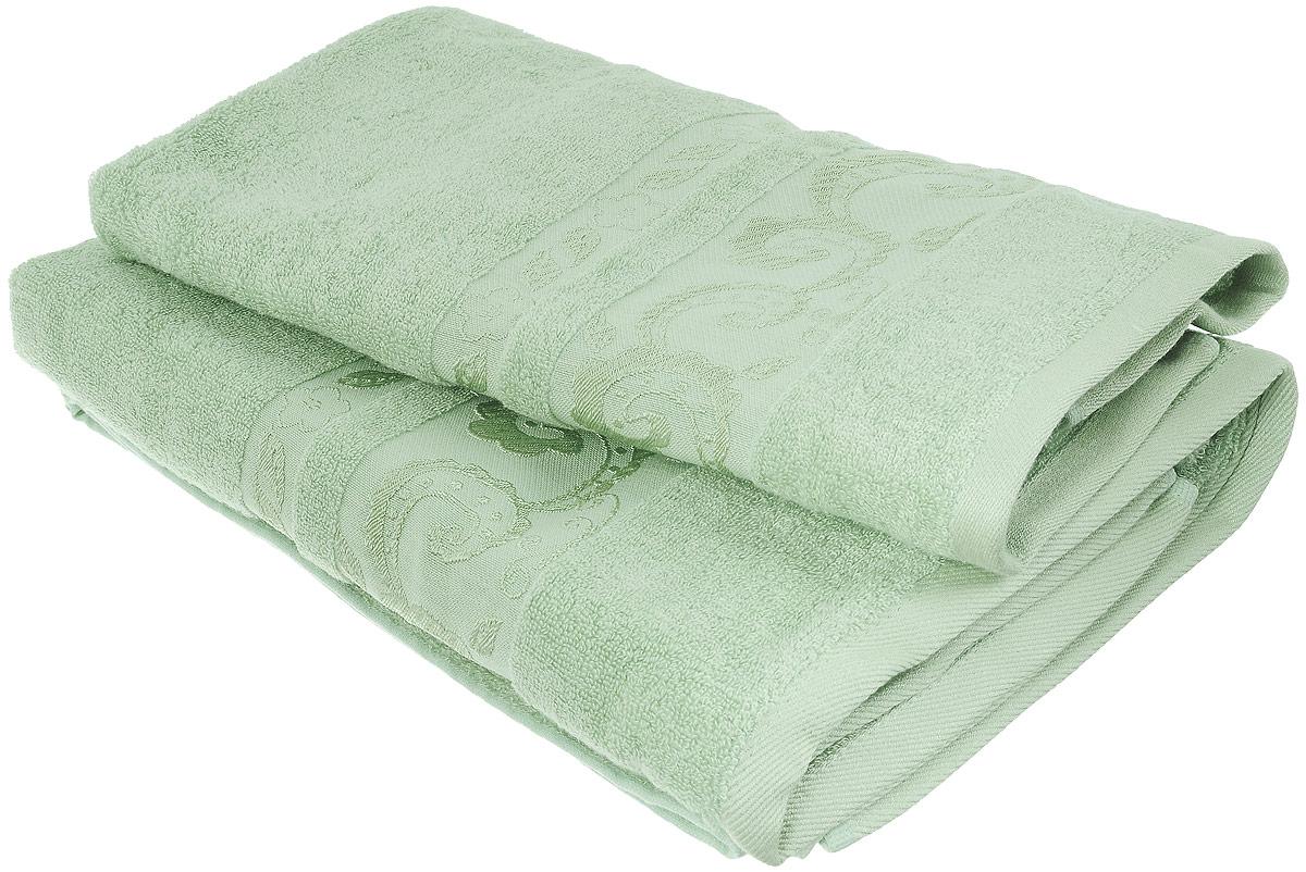 Набор бамбуковых полотенец Home Textile Индийский огурец, цвет: светло-зеленый, 2 шт531-105Набор Home Textile Индийский огурец состоит из двух полотенец разного размера, выполненных из бамбука с добавлением хлопка (70% бамбук, 30% хлопок). Полотенца имеют гладкую, шелковистую, приятную на ощупь текстуру, бордюры декорированы принтом индийский огурец. Мягкие и уютные, они прекрасно впитывают влагу, легко стираются и быстро сохнут. Кроме того, бамбуковые полотенца отличаются высокой износоустойчивостью и долгим сроком службы, а также обладают антибактериальными свойствами. Такой набор полотенец подарит массу положительных эмоций и приятных ощущений.Размеры полотенец: 50 х 90 см; 70 х 140 см.