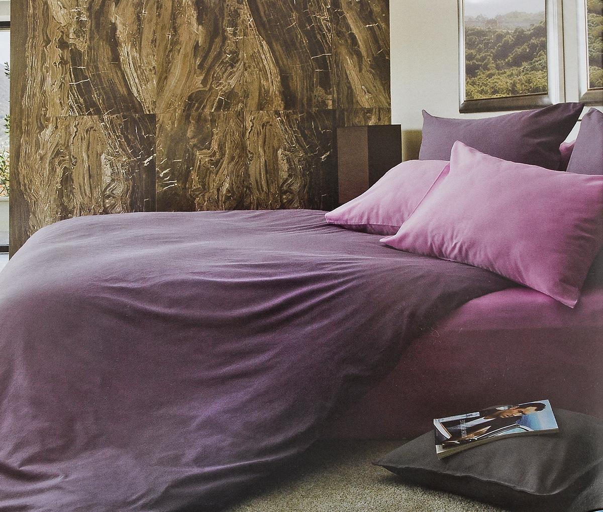 Комплект белья Tiffanys Secret Черничные ночи, 1,5-спальный, наволочки 50х70, цвет: фиолетовый, сиреневыйS03301004Комплект постельного белья Tiffanys Secret Черничные ночи является экологически безопасным для всей семьи, так как выполнен из сатина (100% хлопок). Комплект состоит из пододеяльника, простыни и двух наволочек. Благодаря такому комплекту постельного белья вы сможете создать атмосферу уюта и комфорта в вашей спальне.Сатин - это ткань, навсегда покорившая сердца человечества. Ценившие роскошь персы называли ее атлас, а искушенные в прекрасном французы - сатин. Секрет высококачественного сатина в безупречности всего технологического процесса. Эту благородную ткань делают только из отборной натуральной пряжи, которую получают из самого лучшего тонковолокнистого хлопка. Благодаря использованию самой тонкой хлопковой нити получается необычайно мягкое и нежное полотно. Сатиновое постельное белье превращает жаркие летние ночи в прохладные и освежающие, а холодные зимние - в теплые и согревающие. Сатин очень приятен на ощупь, постельное белье из него долговечно, выдерживает более 300 стирок, и лишь спустя долгое время материал начинает немного тускнеть. Оцените все достоинства постельного белья из сатина, выбирая самое лучшее для себя!