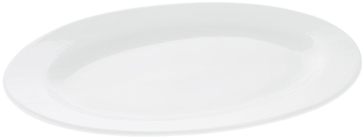 Блюдо Wilmax, овальное, 40,5 х 30 см115010Блюдо Wilmax овальной формы изготовлено из высококачественного фарфора с глазурованным покрытием. Материал легкий, тонкий, свет без труда проникает сквозь изделие. Посуда имеет роскошную белизну, гладкость и блеск достигаются за счет особой рецептуры глазури. Изделие обладает низкой водопоглощаемостью, высокой термостойкостью и ударопрочностью, а также экологичностью. Посуда долговечна и рассчитана на постоянное интенсивное использование. Гладкая непористая поверхность исключает проникновение бактерий, изделие не будет впитывать посторонние запахи и сохранит первоначальный цвет. Блюдо прекрасно подойдет для подачи различных закусок, нарезок, сладостей, фруктов. Такое блюдо украсит ваш праздничный или обеденный стол, а оригинальный дизайн придется по вкусу и ценителям классики, и тем, кто предпочитает утонченность и изысканность.Можно мыть в посудомоечной машине и использовать в микроволновой печи.