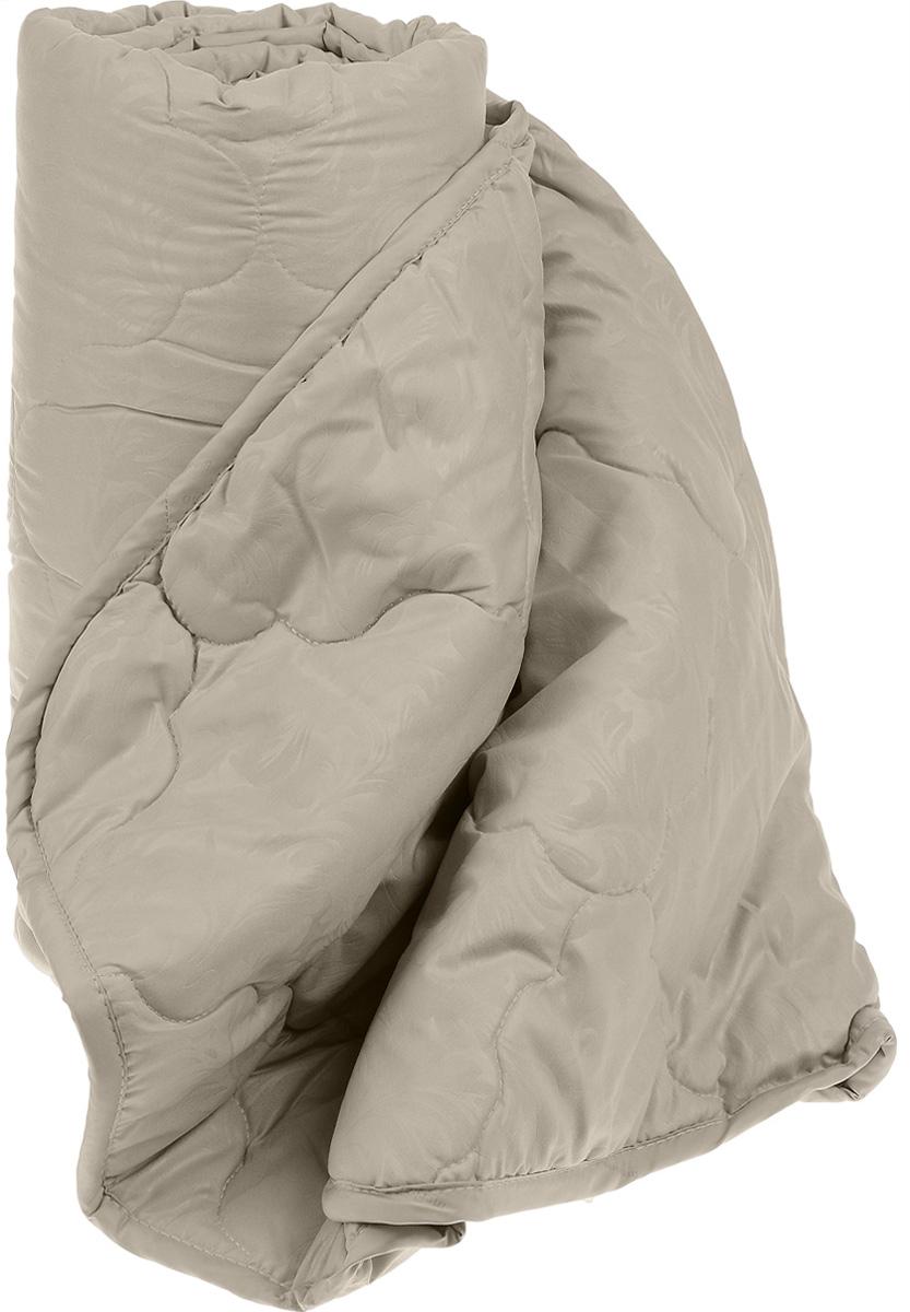 Одеяло Sova & Javoronok, наполнитель: верблюжья шерсть, полиэфирное волокно, 172 х 205 см531-401Чехол одеяла Sova & Javoronok выполнен из высококачественной микрофибры (100% полиэстер). Наполнитель одеяла изготовлен из 30% верблюжьей шерсти и 70% полиэфирного волокна. Стежка надежно удерживает наполнитель внутри и не позволяет ему скатываться.Особенности наполнителя:- исключительные терморегулирующие свойства;- высокое качество прочеса и промывки шерсти;- великолепные ощущения комфорта и уюта. Верблюжья шерсть обладает целебными качествами, содержит наиболее высокий процент ланолина (животного воска), который является природным антисептиком и благоприятно воздействует на организм по целому ряду показателей: оказывает благотворное действие на мышцы, суставы, позвоночник, нормализует кровообращение, имеет профилактический эффект при заболевания опорно-двигательного аппарата. Кроме того, верблюжья шерсть антистатична. Шерсть верблюда сохраняет прохладу в период жаркого лета и удерживает тепло во время суровой зимы. Одеяло упакована в прозрачный пластиковый чехол на змейке с ручкой, что является чрезвычайно удобным при переноске.Рекомендации по уходу:- Стирка запрещена,- Нельзя отбеливать. При стирке не использовать средства, содержащие отбеливатели (хлор),- Не гладить. Не применять обработку паром,- Химчистка с использованием углеводорода, хлорного этилена,- Нельзя выжимать и сушить в стиральной машине.