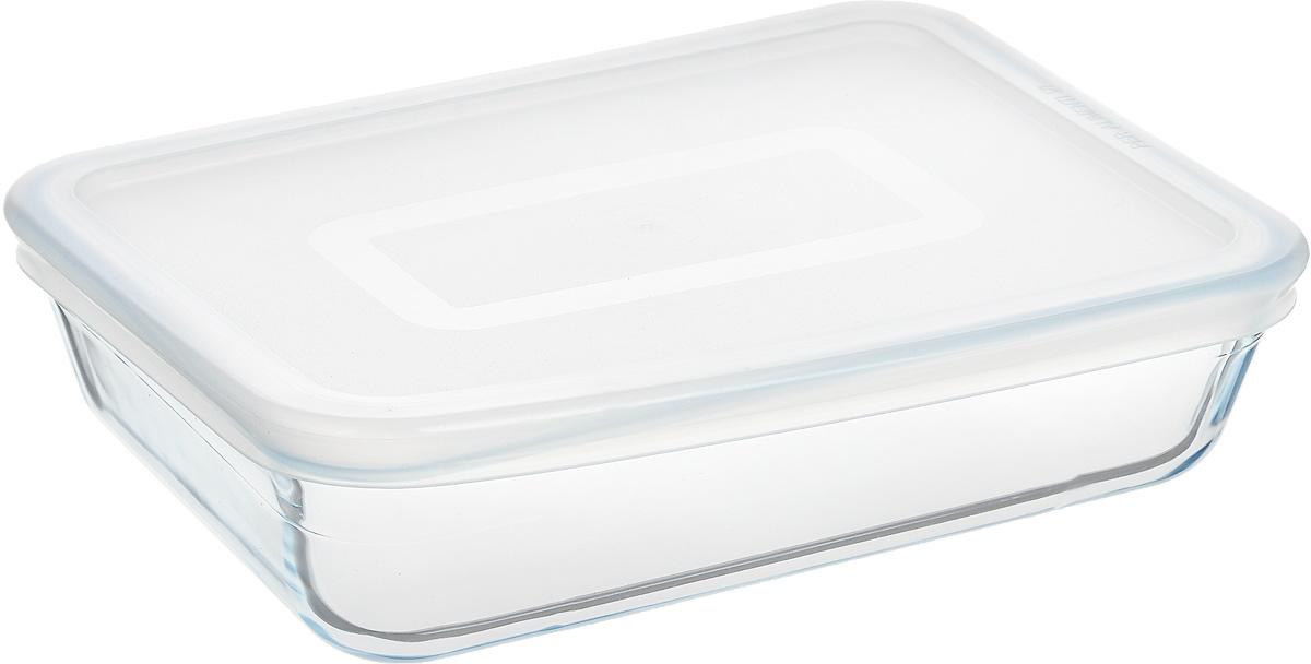 Форма для запекания Pyrex Cook & Store, с крышкой, прямоугольная, 19 х 14 смKC16038-00000Форма для запекания Pyrex Cook & Store изготовлена из закаленного боросиликатного стекла, что отвечает строгим европейским нормам безопасности EN 1183. Такое стекло обладает повышенной ударопрочностью, жаростойкостью (от -40°С до +300°С) и выдерживает резкий перепад температур в 220°С. Форма также устойчива к образованию пятен и царапин, не впитывает посторонние запахи. Изделие экологично, поэтому безопасно для использования. Форма прямоугольная, удобна для запекания мяса, курицы, овощей, приготовления жаркое. Снабжена пластиковой, плотно закрывающейся крышкой. Подходит для духовки, микроволновой печи, можно мыть в посудомоечной машине, ставить в холодильник и морозильную камеру. Крышка не предназначена для использования в духовке.