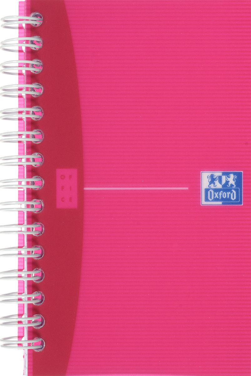 Oxford Тетрадь My Colours 90 листов в клетку цвет розовый817833_розовыйСтильная практичная тетрадь Oxford My Colours отлично подойдет для офиса и учебы. Тетрадь формата 90х140 мм состоит из 90 белых листов с четкой яркой линовкой в клетку. Обложка тетради выполнена из плотного полупрозрачного полипропилена. Двойная спираль надежно удерживает листы.Также тетрадь имеет скругленные углы.
