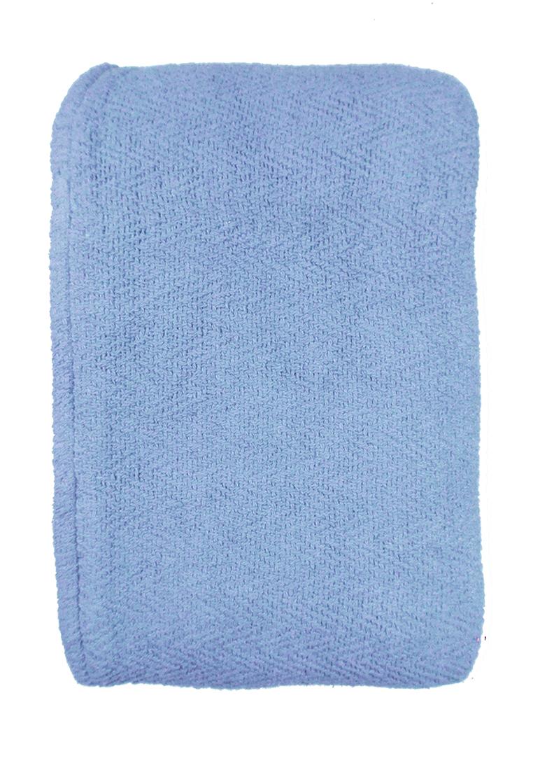 Покрывало Arloni, цвет: голубой, 170 х 225 см. 82-1002CLP446Покрывало Arloni изготовлено из экологически чистого материала - хлопка 100%, поэтому подходит как для взрослых, так и для детей. Оно будет хорошо смотреться и на диване, и на большой кровати. Покрывало Arloni не только подарит тепло, но и гармонично впишется в интерьер вашего дома.