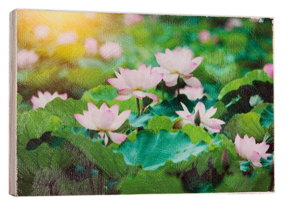 Картина Mister Poster Розовые цветки лотоса, 22 х 14,5 см74-0060Картина Mister Poster - это высококачественная репродукция на деревянной раме. Лицевая поверхность имитирует штукатурку или натуральный холст, края окрашены вручную специальным декоративным составом.Современные технологии, уникальное оборудование и оригинальные чернила, используемые при изготовлении, делают постер устойчивым к выцветанию, а также гарантируют стойкость к воздействию негативных внешних факторов. Интерьер дома и офиса, в котором находится человек, в значительной степени влияет на его настроение и работоспособность. Правильное оформление интерьера создает благоприятный психологический климат, улучшает настроение и мотивирует. Добавьте «красок» в ваш интерьер и, возможно, в вашу жизнь.