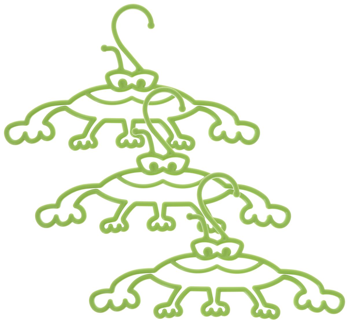 Набор вешалок Пластишка, с крючками, цвет: салатовый, 3 шт10503Набор вешалок для одежды Пластишка, изготовленный из прочного полипропилена, состоит из 3 детских вешалок для одежды с закругленными плечиками. Изделия оснащены крючками.В составе вешалок не используется бисфенол А, что делает их использование гораздо безопаснее. Забавный дизайн вешалок порадует как детей, так и их родителей. Вешалка - это незаменимая вещь для того, чтобы ваша одежда всегда оставалась в хорошем состоянии.Комплектация: 3 шт.