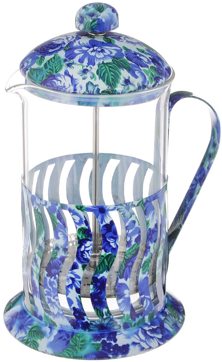 Френч-пресс Mayer & Boch, цвет, прозрачный, голубой, синий, 800 мл МВ-20030115510Френч-пресс Mayer & Boch позволит быстро и просто приготовить свежий и ароматный чай или кофе. Корпус изготовлен из высококачественного жаропрочного боросиликатного стекла, устойчивого к окрашиванию, царапинам и термошоку. Фильтр-поршень из нержавеющей стали выполнен по технологии press-up для обеспечения равномерной циркуляции воды. Готовить напитки с помощью френч-пресса очень просто. Насыпьте внутрь заварку и залейте кипятком. Остановить процесс заваривания легко. Для этого нужно просто опустить поршень, и заварка уйдет вниз, оставляя вверху напиток, готовый к употреблению. Заварочный чайник с прессом - это совершенный чайник для ежедневного использования. Практичный и стильный дизайн полностью соответствует последним модным тенденциям в создании предметов кухонной утвари.Можно мыть в посудомоечной машине.Диаметр колбы: 10 см. Диаметр основания: 12,5 см.Высота (с учетом крышки): 22 см.