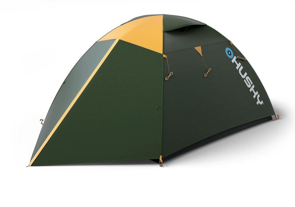 Палатка туристическая Husky Boyard 4 Classic, цвет: зеленыйУТ-000069941Палатка Boyard 4 Classic - бюджетный вариант проверенной палатки Boyard. По сравнению с основной моделью пол выполнен из армированного полиэтилена.Самая простая в установке палатка с гигантской спальней для четырех человек, двумя вестибюлями с отдельными входами и достаточным местом для всего необходимого. Особенности: - Ленточные швы;- Застежка-молния с двойным ходом;- Фибергласовые дуги (durawrap), диаметр 7,9 и 8,5 мм;- Комфортная вентиляционная система;- Наружный тент - из полиэстера 185Т, водостойкость 3000 мм.вд.ст;- Внутренний тент - дышащий нейлон 190Т, противомоскитные сетки;- Пол - армированный полиэтилен, водостойкость 5000 мм.вд.ст; Вес: 3,4 кг/3,9 кг;Количество мест: 4;Количество входов: 2;Высота: 130 см;Длина: 400 см;Ширина: 210 см;Размер спальни: 210 х 210 см;Размер в сложенном виде: 50 х 18 см. Комплектация: стальные колышки, ремкомплект, компрессионный мешок, сетка для мелочей