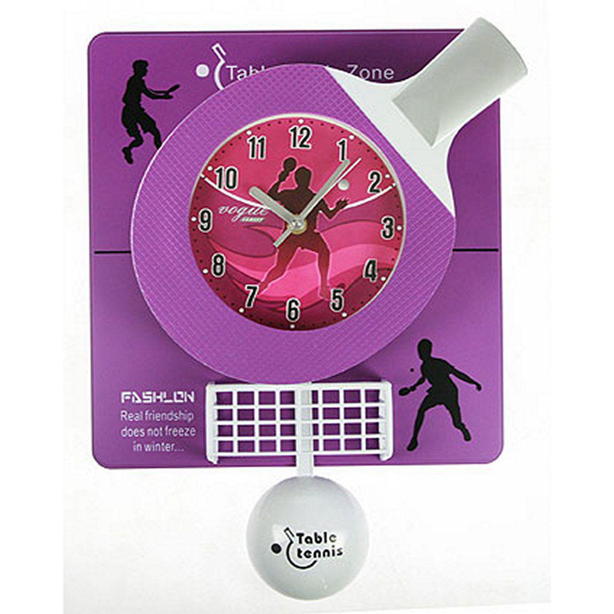 Часы настенные Русские Подарки Теннис, 31 х 6 х 42 см. 222425SC - WCD12PLНастенные кварцевые часы Русские Подарки Теннис изготовлены из пластика. Корпус оригинально оформлен элементами игры в теннис. Часы имеют три стрелки - часовую, минутную и секундную. С обратной стороны имеетсяпетелька для подвешивания на стену. Такие часы красиво и необычно оформят интерьер дома или офиса. Также часы могут стать уникальным, полезным подарком для родственников, коллег, знакомых и близких.Часы работают от батареек типа АА (в комплект не входят).