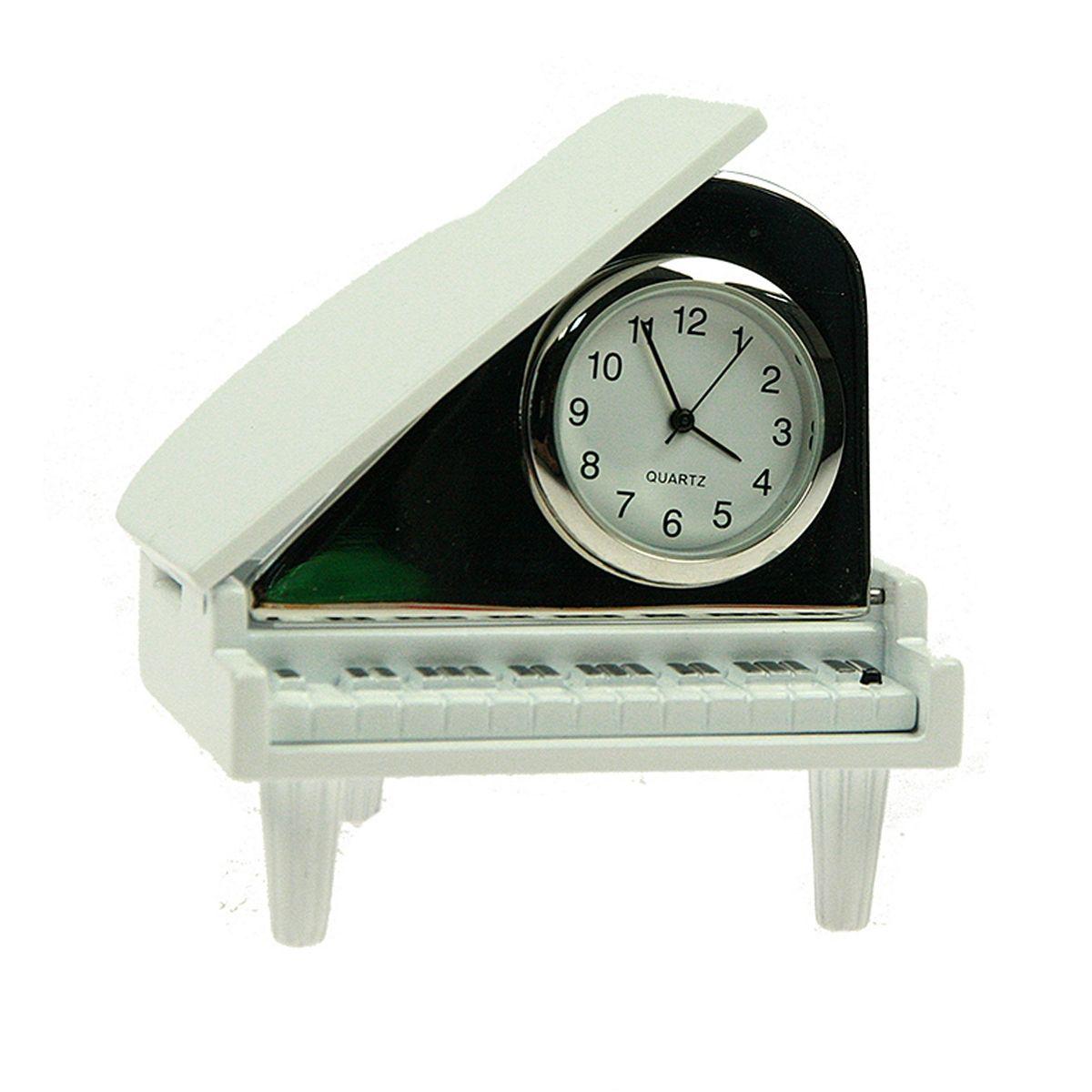 Часы настольные Русские Подарки Рояль. 2243141060Настольные кварцевые часы Русские Подарки Рояль изготовлены из металла. Изделие оригинально оформлено. Часы имеют три стрелки - часовую, минутную и секундную.Такие часы украсят интерьер дома или рабочий стол в офисе. Также часы могут стать уникальным, полезным подарком для родственников, коллег, знакомых и близких.Часы работают от батареек типа SR626 (в комплект не входят).