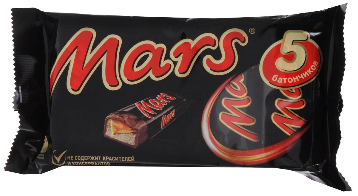 Mars шоколадный батончик, 202,5 г0120710Батончик Mars - это уникальное сочетание нуги, карамели и лучшего молочного шоколада, отличный способ перекусить с удовольствием. Мультипак Mars - это пять батончиков, которые помогут утолить голод в любое время!
