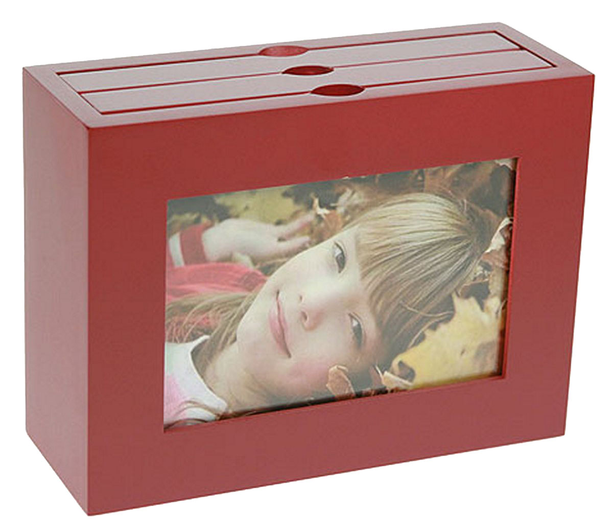 Архивный фотоальбом Moretto, на 48 фото, 10 x 15 см. 138046Брелок для сумкиОригинальный архивный фотоальбом Moretto, рассчитанный на 48 фотографий, выполнен в виде деревянного бокса. Бокс содержит 2 альбома, каждый из которых рассчитан на 24 фотографии форматом 10 х 15 см, а также имеет отверстие для центральной фотографии.Такой архивный альбом станет достойным украшением вашего интерьера и будет уникальным подарком вашим друзьям.