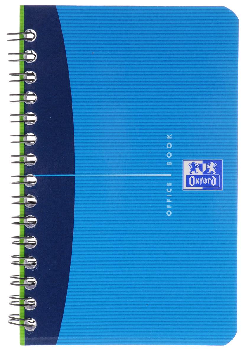 Oxford Тетрадь Essentials 50 листов в клетку цвет синий72523WDТетрадь Oxford Essentials подойдет как студенту, так и школьнику.Гибкая, прочная обложка с закругленными углами выполнена из картона. Внутренний блок тетради на гребне состоит из 50 листов. Стандартная линовка в клетку не имеет полей. Высококачественная бумага Optik Paper имеет шелковистую поверхность и высокую белизну, при письме чернила быстро впитаются и не размазываются, надпись не просвечивается с обратной стороны.