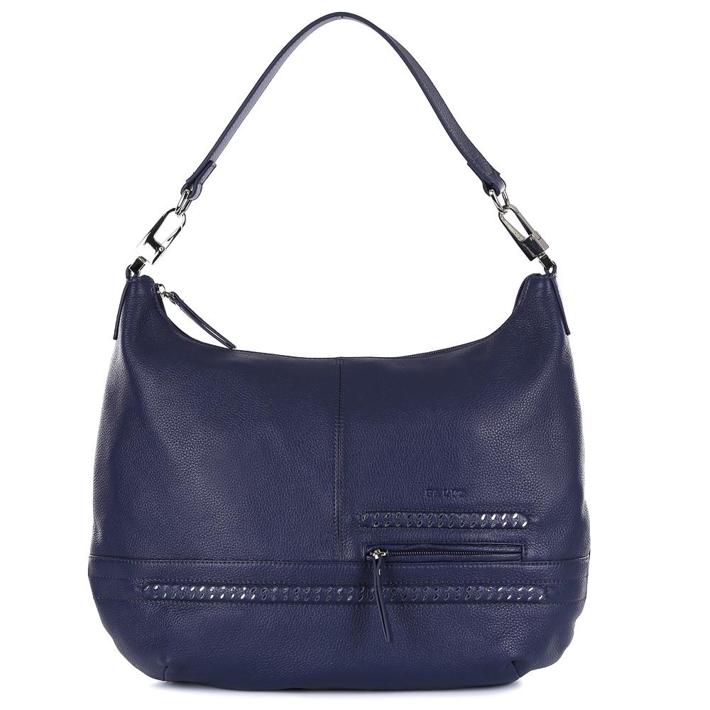 Сумка женская Palio, цвет: темно-синий. 14570A1-8978-2Изящная сумка-мешок от итальянского бренда Palio выполнена из натуральной кожи, которая имеет мягкую и нежную фактуру. Уникальный дизайн модели, включающий в себя модный оттенок темно-синего цвета, эксклюзивный дизайн в виде серебряных полос, стильную фурнитуру, подойдет всем модницам, которые ищут аксессуар, подходящий к любому стилю и дополняющий любой образ. Сумка имеет одно вместительное отделение, которое разделено карманом на молнии. Внутри аксессуара вы с легкостью расположите свой сотовый телефон и другие женские мелочи за счет удобных карманов. На передней и тыльной стороне дизайнеры разместили вместительные карманы, которые закрываются на удобные молнии с кожаными поводками. Сумка с легкостью вмещает формат A4.