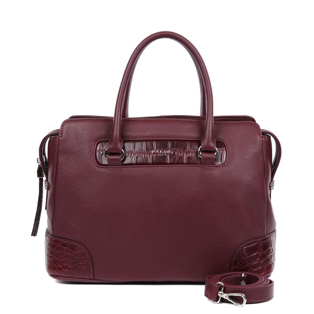 Сумка женская Palio, цвет: бордовый. 14748AR-W1-399/397BA7426Роскошная сумка от итальянского бренда Palio выполнена из натуральной плотной кожи, которая держит форму и имеет мягкую фактуру. Утонченный бордовый цвет, изысканная серебряная фурнитура, длинные кожаные поводки – именно такая модель должна быть в гардеробе каждой модницы. В отделке аксессуара дизайнеры использовали изысканное тиснение под рептилию. С такой сумкой вы будете самой элегантной и самой стильной. Сумка имеет одно отделение, которое внутри разделено на два вместительных отсека. Внутри аксессуара вы с легкостью расположите свой сотовый телефон и другие женские мелочи за счет удобных отделений. Изделие не вмещает формат A4. В комплекте аксессуар имеет тонкий кожаный ремешок, благодаря чему сумку можно носить на плече.