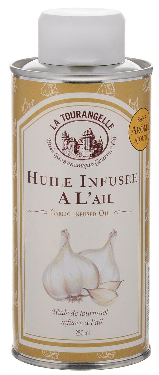 La Tourangelle Garlic Infused Oil масло подсолнечное с экстрактом чеснока, 250 мл0120710Чеснок добавленный в масло может творить чудеса для любого блюда или соуса, этот замечательный аромат невероятно универсален. La Tourangelle Garlic Infused Oil дает вам бесконечные возможности для приготовления пищи от салатных заправок до приготовления пищи при высокой температуре. Его также можно просто использовать в качестве масла для окунания хлеба и других закуской.