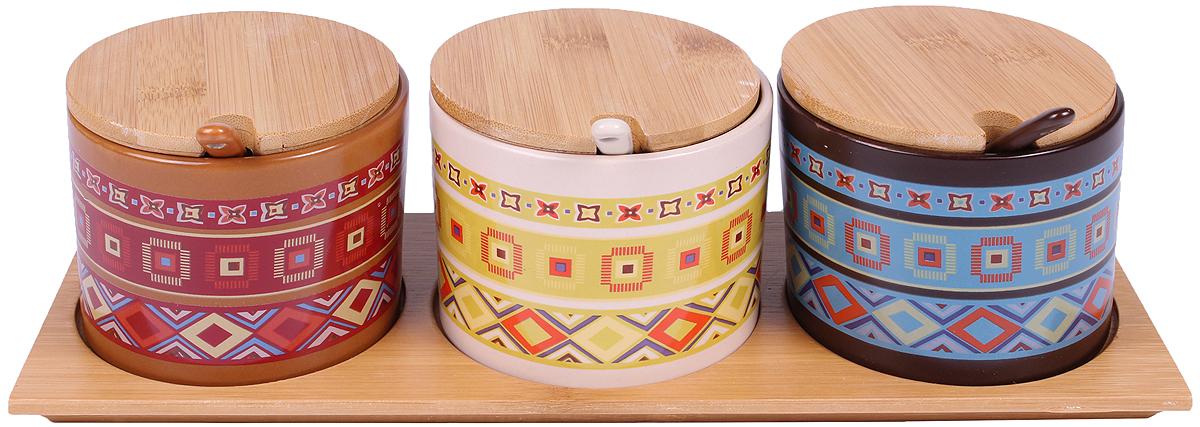 Набор банок для сыпучих продуктов Bella, с ложками, на подставке, 7 предметовVT-1520(SR)Набор Bella состоит из трех банок для сыпучих продуктов, трех ложек и деревянной подставки. Банки, изготовленные из керамики, предназначены для хранения различных сыпучих продуктов: орехов, сахара, соли, специй и многого другого. Набор Bella - это привлекательный внешний вид, прочность и универсальность. Набор гармонично вписывается в любой интерьер, дополняя его и делая максимально комфортным. Отличается особым очарованием, неповторимым стилем и манящим изяществом.