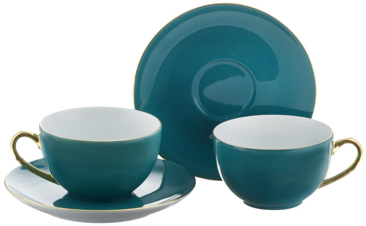 Набор чайный La Rose Des Sables Monalisa, цвет: морской волны, золотой, 4 предметаVT-1520(SR)Чайный набор La Rose Des Sables Monalisa состоит из двух чашек и двухблюдец. Предметы набора изготовлены из высококачественного фарфора. Изящный дизайн придется по вкусу и ценителям классики, и тем, ктопредпочитает утонченность и изысканность. Он настроит на праздничный лад иподарит хорошее настроение с самого утра. Чайный набор - идеальный и необходимый подарок для вашего дома и для вашихдрузей в праздники, юбилеи и торжества! Он также станет отличнымкорпоративным подарком и украшением любой кухни. Не рекомендуется использовать в микроволновой печи и мыть в посудомоечноймашине.Объем чашки: 210 мл. Диаметр чашки (по верхнему краю): 9,5 см.Высота чашки: 5 см.Диаметр блюдца: 15 см.