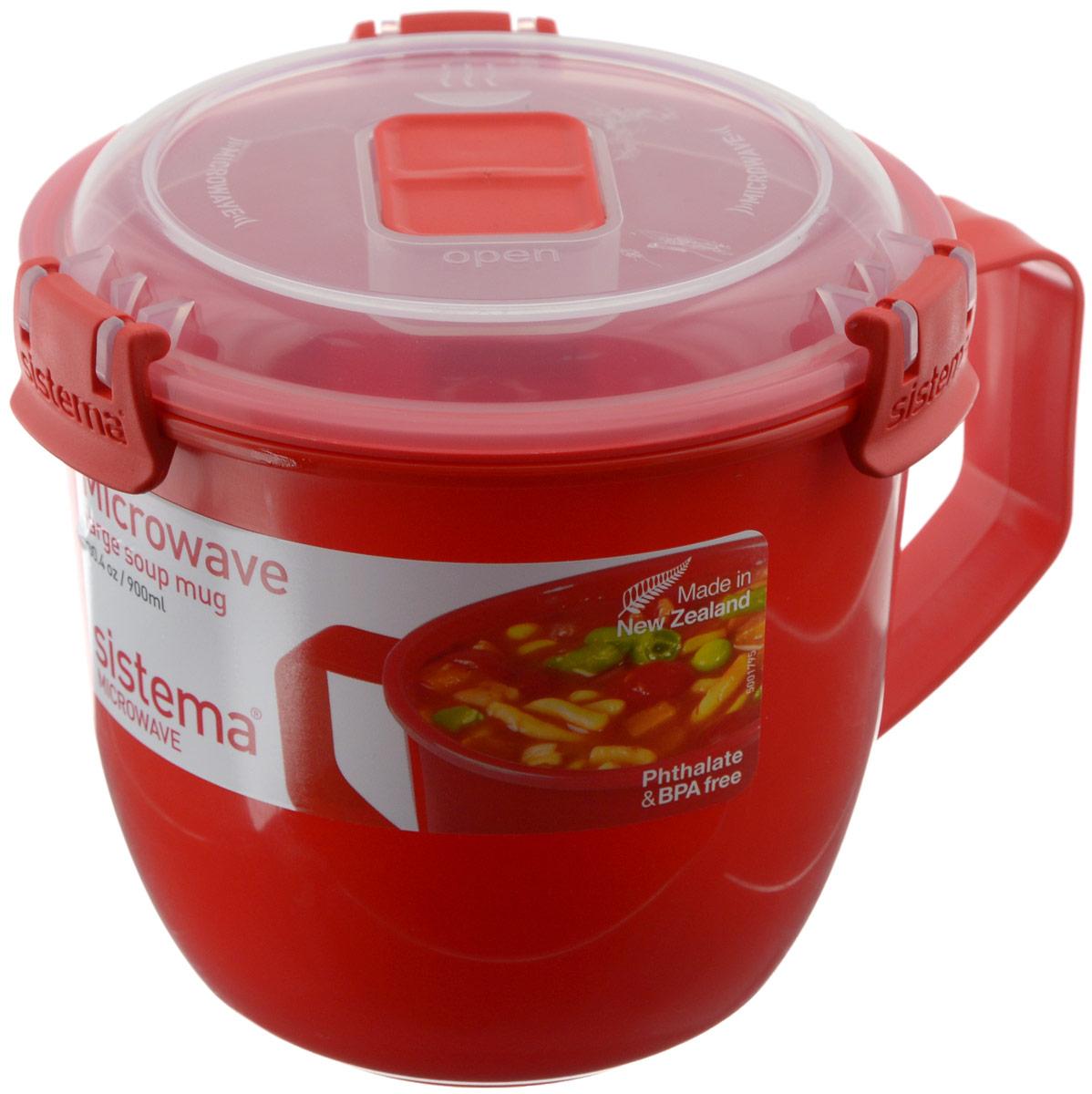 Кружка суповая Sistema Microwave, цвет: красный, 900 мл1141Кружка суповая Sistema Microwave создана для людей ведущих активный образ жизни. Кружка, с надежной защитой от протечек, позволит взять с собой горячий суп на пикник, в офис или в поездку. На крышке имеется силиконовая прокладка, который способствует герметичному закрыванию.Контейнер оснащен фиксирующимися зажимами – клипсами, которые при необходимости можно заменить.Можно мыть в посудомоечной машине.Объем кружки: 900 мл.