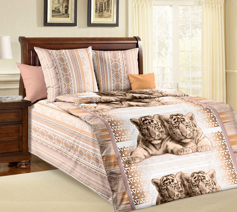 Комплект белья Текс-Дизайн Тигрята, 1,5 спальный, наволочки 70x7068/5/3Милые белые тигрята, расположенные на фоне орнаментов в бежевых тонах, покорят сердце каждого и украсят собой спальню. Этот рисунок универсален – понравится малышу, подростку и даже взрослому.Бязь - хлопчатобумажная плотная ткань полотняного переплетения. Отличается прочностью и стойкостью к многочисленным стиркам. Бязь считается одной из наиболее подходящих тканей, для производства постельного белья и пользуется в России большим спросом.